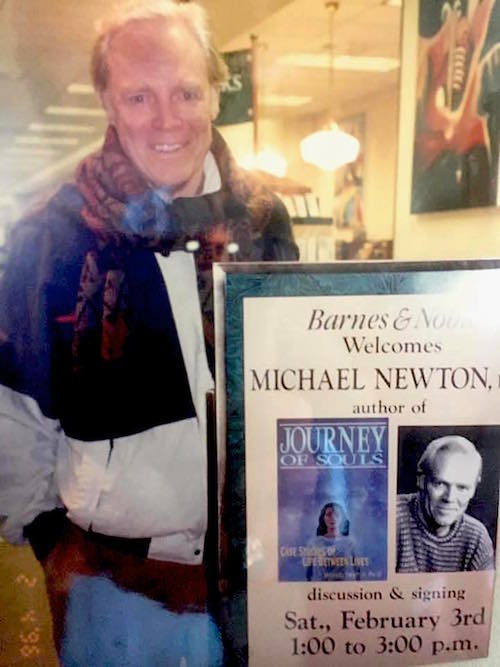 pa-newton-with-book1996